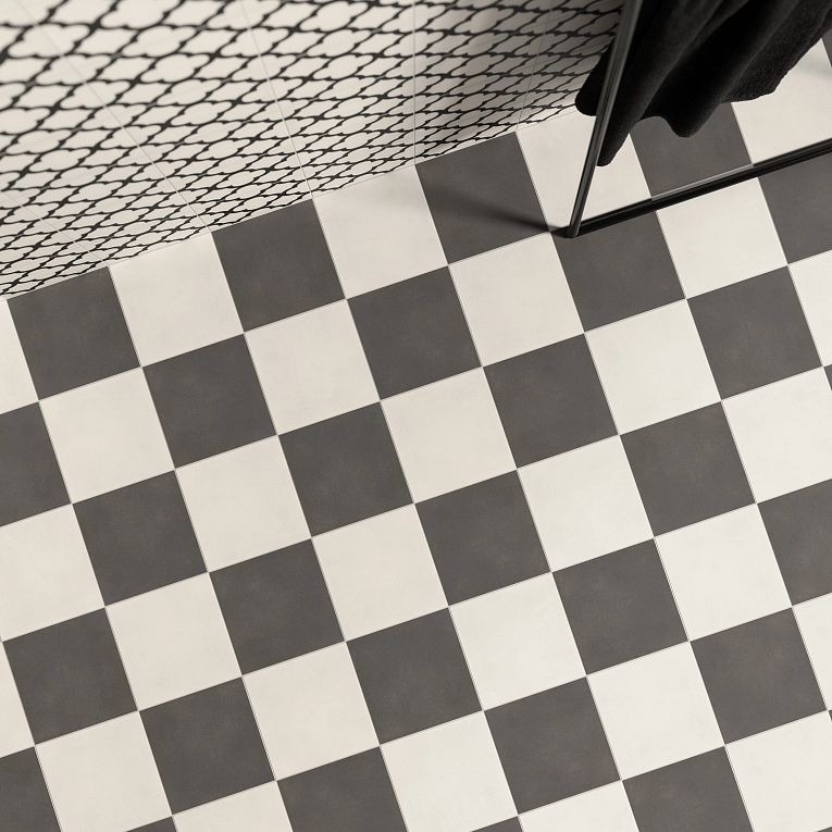 Reverie 2, Noir & Blanc