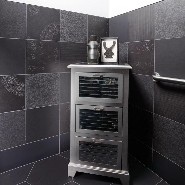 Chymia Mix 1 Black 12 x 12 (wall) & Paros Black Hex (floor)
