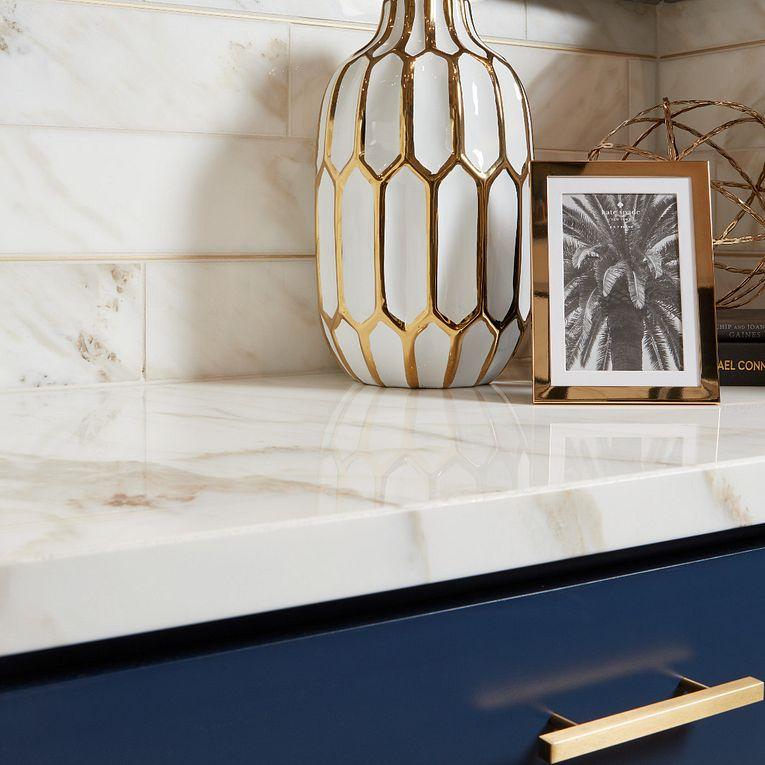 Calacatta Gold Polished 4 x 16 & Slab