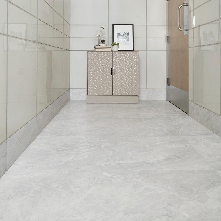Tru Marmi Silver Matte 24 x 48 (floor) & Vetri Fume 8 x 24 & 24 x 24 (walls)