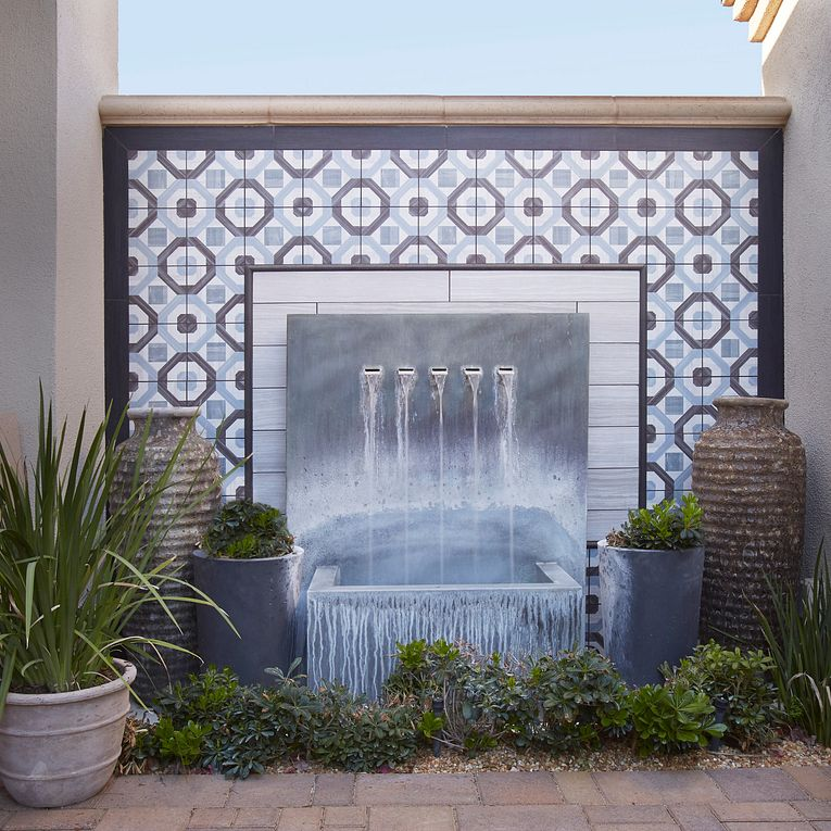Cementine-Posa-3_Outside-Fountain