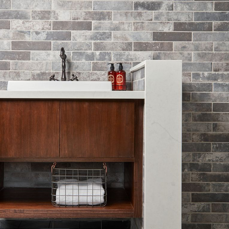 Castle Brick Grey 2-1/2 x 10 & Cementine Retro 1 8 x 8